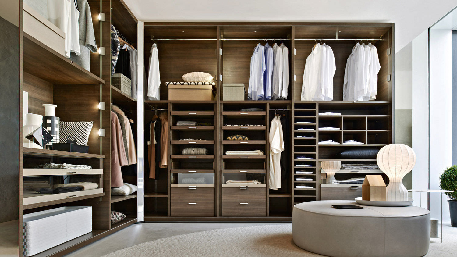 Walk in wardrobes wow interior design for Walk in wardrobe design